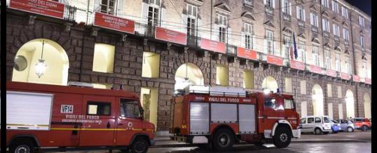 Coristi feriti al Teatro Regio di Torino, crolla una scena nel Turandot